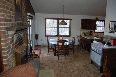 Dining Room: Berkeley Springs Cabin Rental